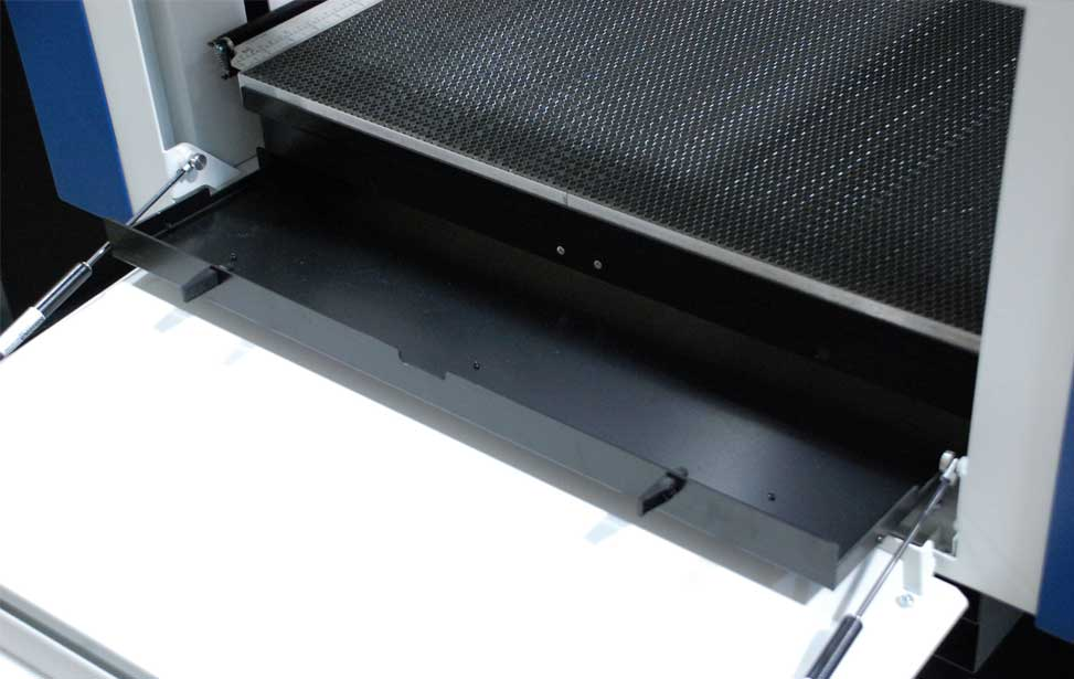 legend crumb tray catching system
