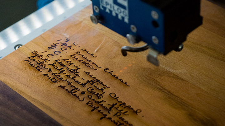 engraving cutting boards